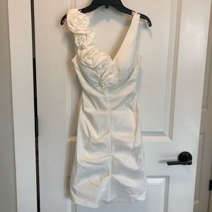 XSCAPE by Joanna Chen White Cocktail dress